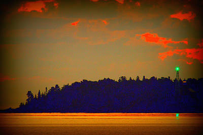 Photograph - Dawn At Copper Harbor Light by Jeff Kurtz