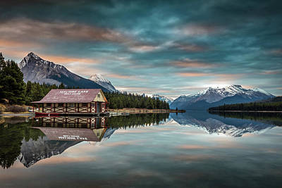 Photograph - Dawn At Maligne Lake by Pierre Leclerc Photography