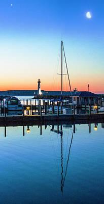 Photograph - Dawn At The Algoma Pierhead Light by Jeff Kurtz