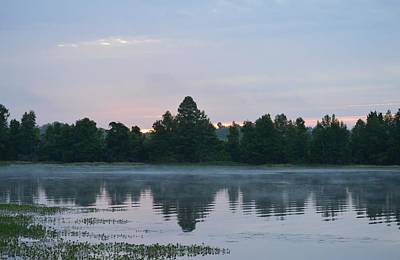 Photograph - Dawn At The Lake by rd Erickson