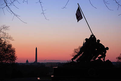 Photograph - Dawn At The Marine Corp War Memorial by Jemmy Archer