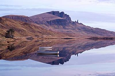 Photograph - Dawn At The Storr by Stephen Taylor