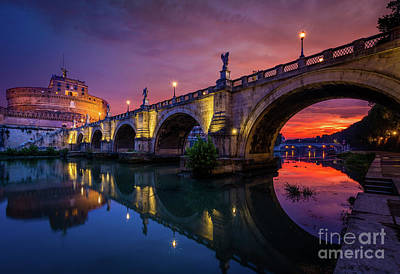 Streetlight Photograph - Dawn By The Tiber River by Inge Johnsson