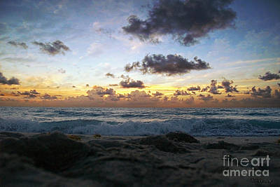 Photograph - Dawn Of A New Day 141a by Ricardos Creations