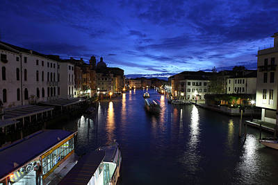 Photograph - Dawn On The Grand Canal by Paul Cowan