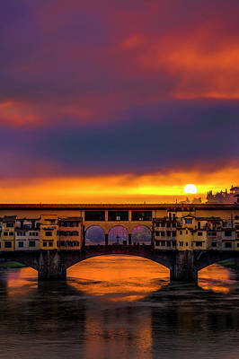 Dawn Over The Ponte Vecchio Art Print by Andrew Soundarajan
