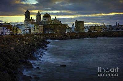 Photograph - Dawning In Cadiz Spain by Pablo Avanzini