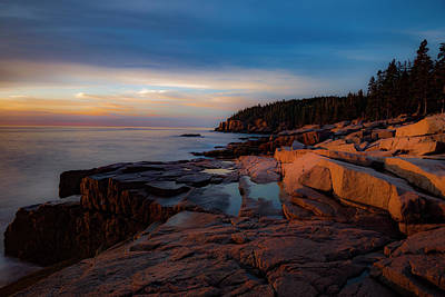 Photograph - Dawn's Early Light by Gary Lengyel