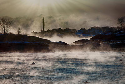 Photograph - Dawns Rays Of Light by Jeff Folger