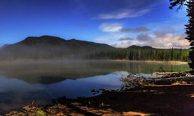 Print featuring the photograph Daybreak At Sparks Lake by Cat Connor