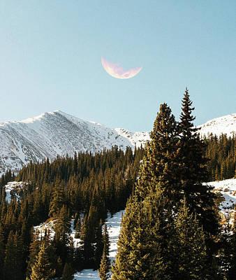 Digital Art - Daylight Moon by Uma Gokhale