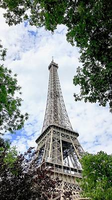 Photograph - Daytime Eiffel Tower by Les Weber