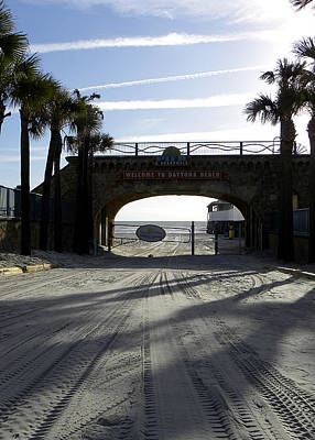 Photograph - Daytona Beach Entrance  by Chris Mercer