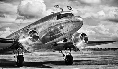 Photograph - Dc-3 Dakota by Ian Merton
