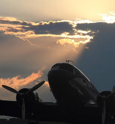 Photograph - Dc-3 On Sunrise 1 by Maxwell Amaro