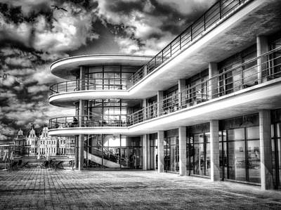 Digital Art - De La Warr Pavillion by Leigh Kemp