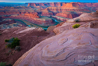Twilight Views Photograph - Dead Horse Point by Inge Johnsson