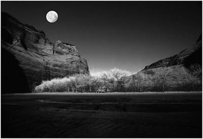Photograph - deChelly Moonscape Monochrome by Wayne King