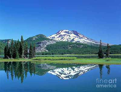 Photograph - Dechutes Reflection by Greg Vaughn - Printscapes