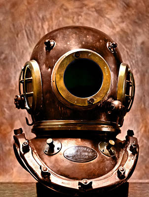 Deep Diver Bronze Helmet In Hdr And Vintage Process Art Print by Pedro Cardona
