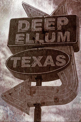 Photograph - Deep Ellum Texas by Jonathan Davison