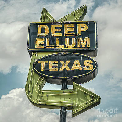Old Signs Photograph - Deep Ellum Texas Neon Sign by Edward Fielding