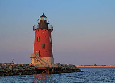 Photograph - Delaware Breakwater Light 2017 by Robert Pilkington
