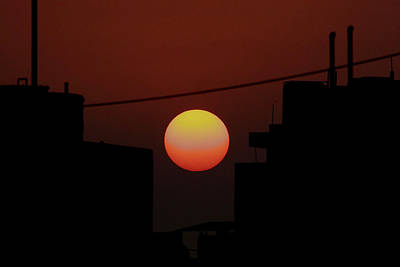 Photograph - Delhi. Sunrise by Tony Brown