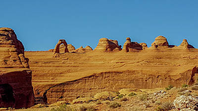Photograph - Delicate Arch, Arches National Park by Marilyn Burton