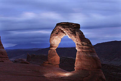 Photograph - Delicate Arch At Twilight by Marie Leslie