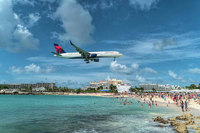 Photograph - Delta 757 At Sxm by David Gleeson