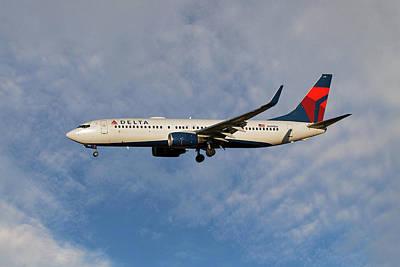 Delta Air Lines Boeing 737-832 Art Print