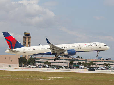 Photograph - Delta Airline by Dart and Suze Humeston