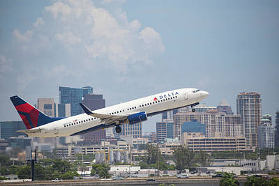Photograph - Delta Airlines by Dart and Suze Humeston