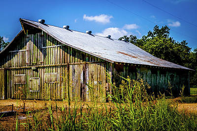 Photograph - Delta Barn - Farm Landscape by Barry Jones