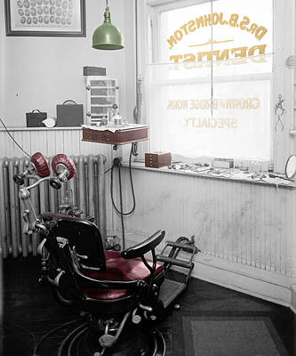 Photograph - Dentist Office by Andrew Fare