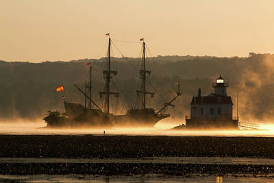 Photograph - Departure Of El Galeon I by Jeff Severson