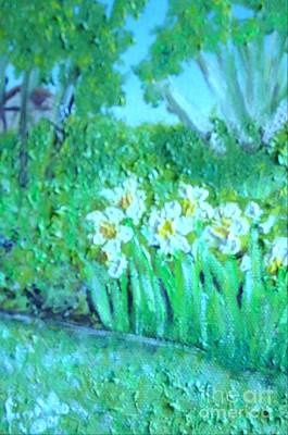 Painting - Dependable Daffodils by Laurie Morgan