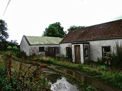 Photograph - Derelict Cottage In The Rain by Stephanie Moore
