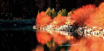 Photograph - Deschutes River Reflections 13026 by Jerry Sodorff