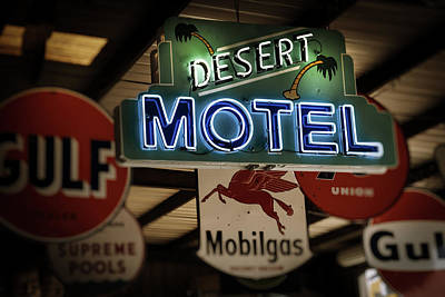 Photograph - Desert Motel by Roland Peachie