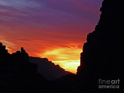 Photograph - Desert Mountain Sunset by Methune Hively