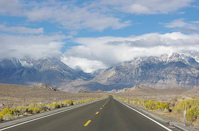 Deserted Road To Mt. Whitney Art Print