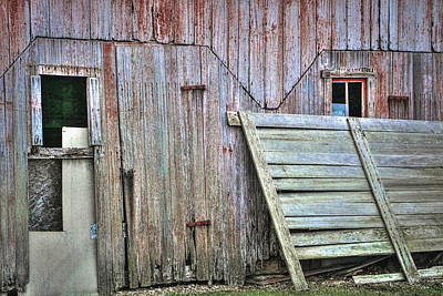 Wooden Platform Photograph - Deteriorated Side Of The Barn by William Sturgell