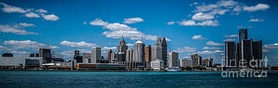 Photograph - Detroit Skyline by Ronald Grogan