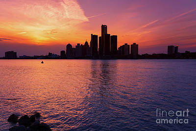 Photograph - Detroit Skyline Sunset 3 by Rachel Cohen
