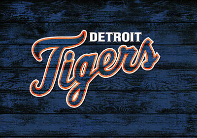 Athletes Mixed Media - Detroit Tigers Barn Door by Dan Sproul