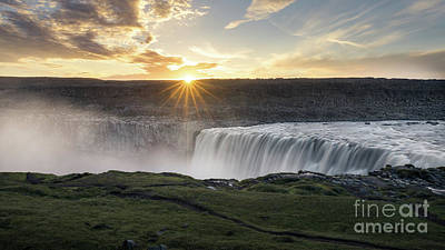 Dettifoss Photograph - Dettifoss Sunrise 1 by Ernesto Ruiz