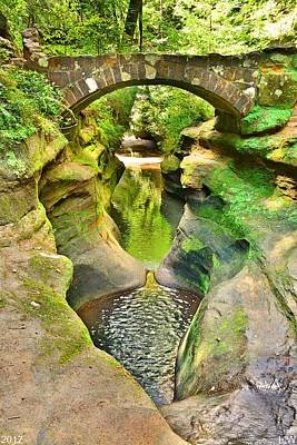 Photograph - Devil's Bathtub And Bridge At Hocking Hills Ohio Vertical by Lisa Wooten