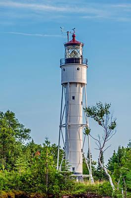 Photograph - Devils Island Lighthouse by Lonnie Paulson